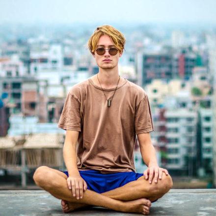 City mornings Yoga